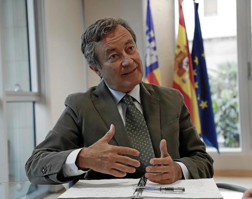 Joan Gual de Torrella, presidente de Autoridad Portuaria de Baleares, en una imagen de archivo.