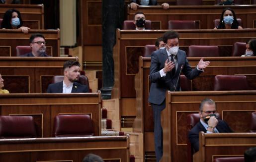 El portavoz de Ciudadanos, Edmundo Bal, interviene para hacer una petición durante el pleno del Congreso de este miércoles.