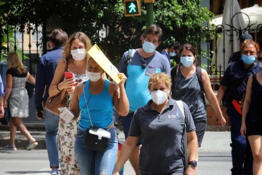 La situación en generalizada en las Islas, donde la alerta es naranja, como en la mayor parte de España.