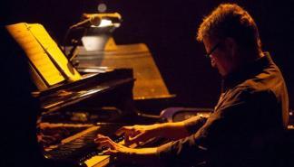 El jazz de Chano Domínguez Trio suena en sa Pobla