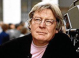 Fallece el director británico Alan Parker.