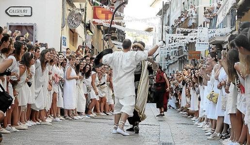 La imagen de las aglomeraciones para presenciar los Moros i Cristians no se producirán este año en Pollença.