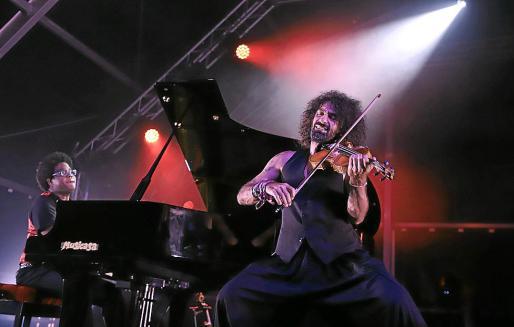 El violinista Ara Malikian, este sábado en concierto en Port Adriano.