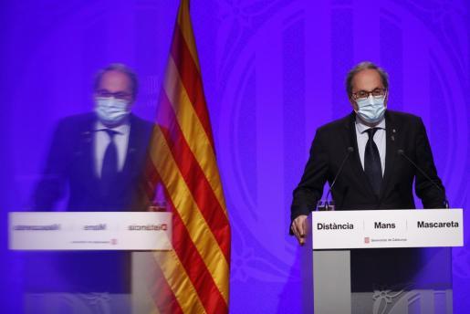 El presidente de la Generalitat, Quim Torra, comparece en rueda de prensa tras la reunión semanal del Govern.