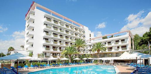 Més per Menorca se opone a la posibilidad de ampliar los hoteles hasta un 15 por ciento.