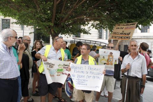 Ayer hubo una protesta frente a Hacienda contra este supuesto desmantelamiento.