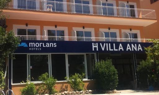 Imagen del edificio donde están alojados los turistas aislados en Mallorca.