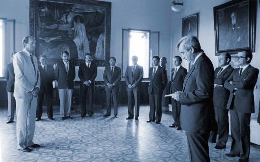Cañellas le impuso la distinción al rey Juan Carlos I en 1983.