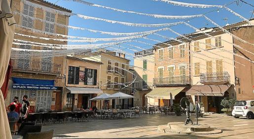 A media tarde, la calma era total en la Plaça y en todas las calles del centro y en Es Fossar de Sineu.