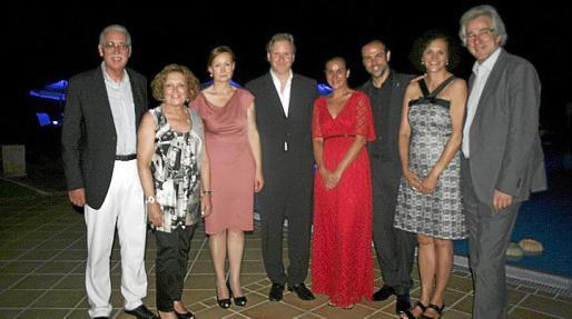 Pedro Comas, Ana Morro, Christine Crespo, Ramon Socías, Esther Moreno, Daniel Vulic, Magdalena Bonnín y Bernd Jogalla.