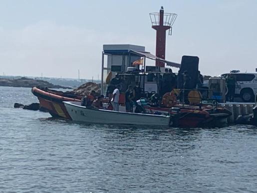 Imagen de una patera en el puerto de la Colònia de Sant Jordi.