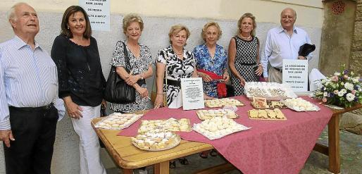 Pedro Portau, Mila Cerdó, Mª Carmen del Valle, Marta Castro, Marisé Fdez-Segade, Toya de la Vega y Juan Zaforteza.