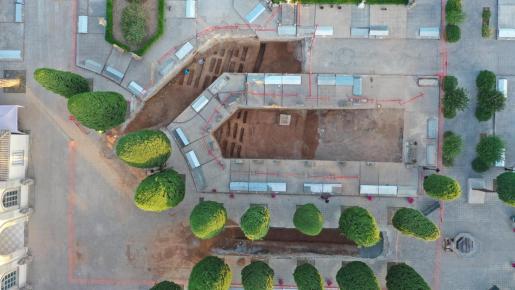 Foto aérea de las tres zonas excavadas en el cementerio de Son Coletes.