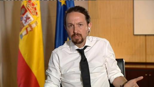 Cristina Pampín estaba informando sobre la supuesta financiación irregular de Podemos.