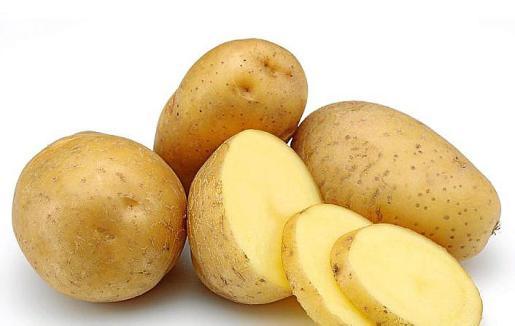 La mejor patata para freír debe ser cerosa y nueva.