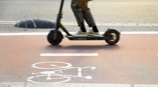 Los patinetes eléctricos disparan el número de accidentes en Palma pese a los meses de confinamiento, por la multiplicación de usuarios y la falta de educación vial.