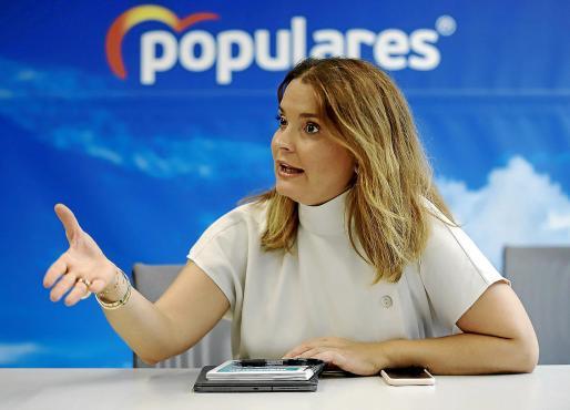 Imagen de Margalida Prohens durante la entrevista en la sede del Partido Popular de Baleares.