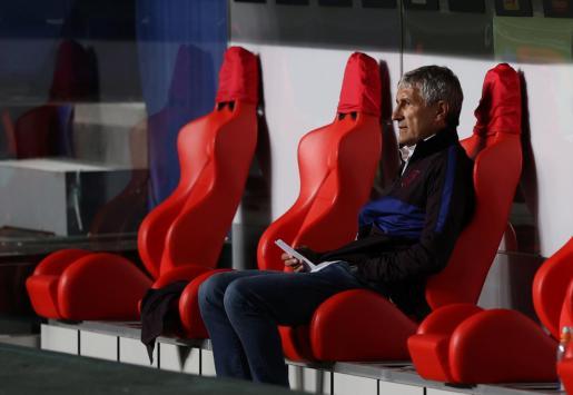 Quique Setien durante el partido contra el Bayern.