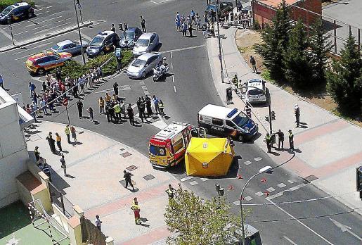 Imagen del lugar donde se produjo el tiroteo en el barrio madrileño de Usera.