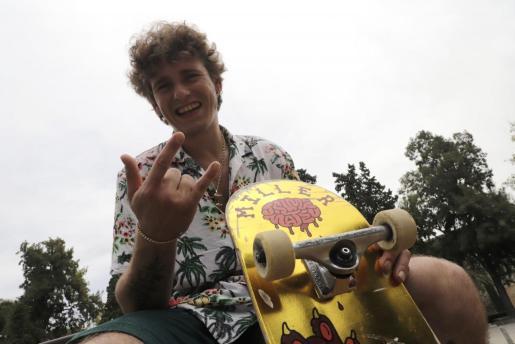 El 'skater' Jaime Mateu posa para este diario en el Parc de Sa Feixina.