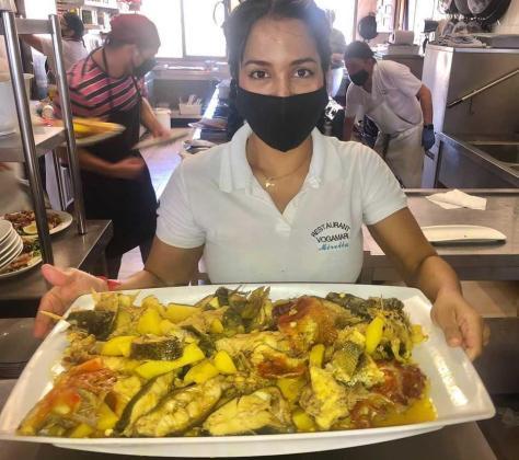 El personal del Restaurante Vogamarí, tomando las precauciones sanitarias anticovid.