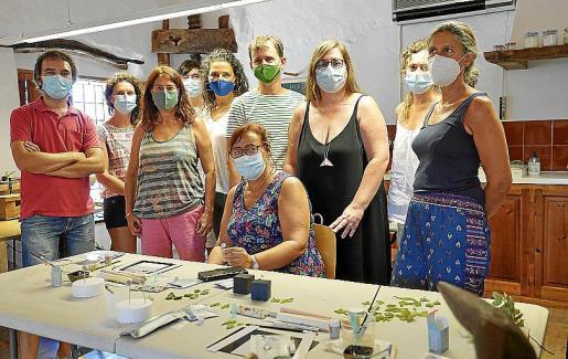 Can Blau Xorc, del artesano Damià Mulet, acoge un taller dirigido a joyeros sobre la pasta de plata.