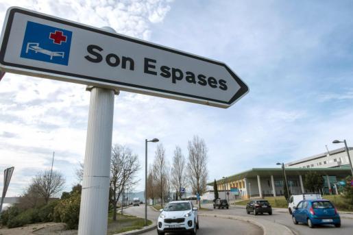 El joven ha sido trasladado al hospital de Son Espases.