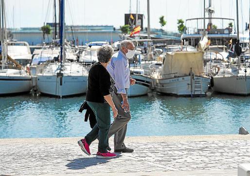 En la Comunitat se dieron de baja en abril un 27 % más de pensionistas, frente al alza del 313 % de Madrid.