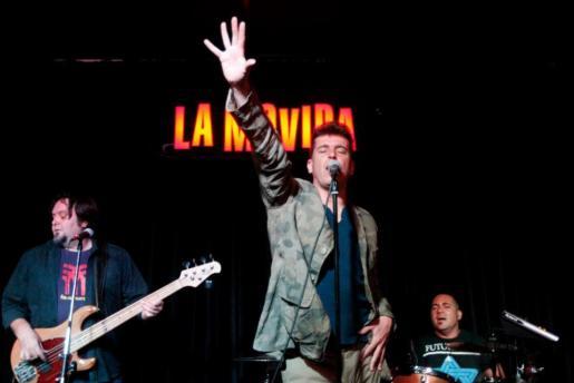 La Movida reune a grupos celebres de este movimiento, como Javier Ojeda ( en la imagen).
