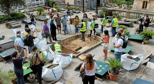 Inicio de la exhumación de una fosa de Bunyola, el pasado 31 de agosto.