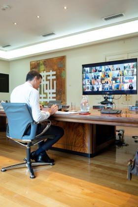 El presidente del Gobierno, Pedro Sánchez, se reunirá por videoconferencia con los presidentes de comunidades y ciudades autónomas.