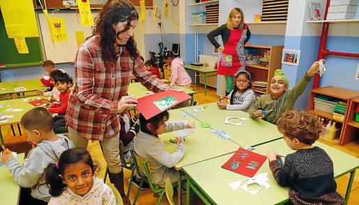 lmagen de archivo de una clase en un colegio de la barriada de Pere Garau, en Palma.