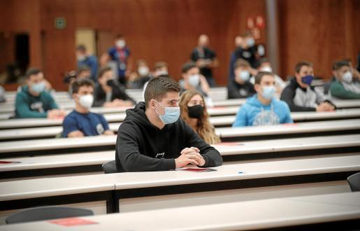 El uso de la mascarilla es obligatorio para todos los alumnos a partir de 6 años de edad.