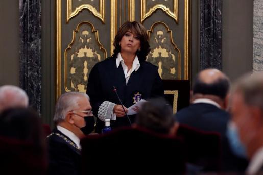 La fiscal general del Estado, Dolores Delgado, interviene durante la inauguración del año judicial.