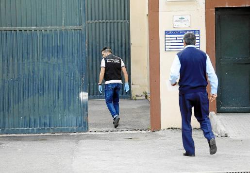 La saturación de centros como Es Pinaret provoca listas de espera para cumplir internamientos.