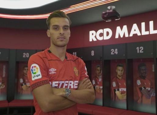 El futbolista catalán acumula una destacada experiencia en Segunda.
