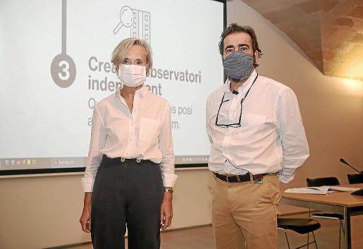 Marta Vall·Llossera e Ignasi Salas presentaron este miércoles los datos de 2020.
