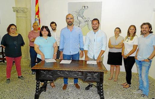 En junio de 2019, PSOE, Bloc y PI suscribieron el pacto de centro izquierda que ahora peligra.