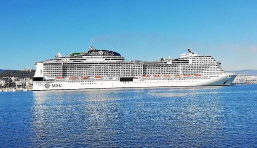 Las navieras MSC y Costa Crociere están operando ya con sus grandes cruceros, que visitaron Mallorca al inicio de la pandemia.