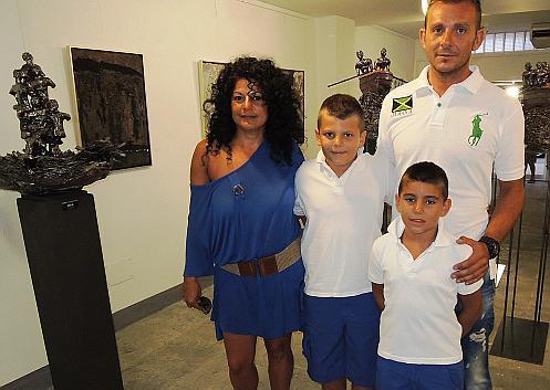 Josefa Palomino con Toni, Kike y Antoni Borràs.