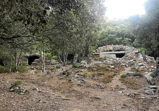 De los cinco aljibes, tres conservan la cubierta de piedra y otro está totalmente apuntalado por dentro.