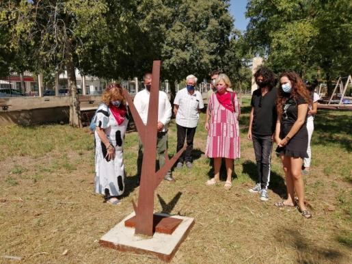 El Árbol de la Memoria instalado en el antiguo cementerio municipal de Manacor.