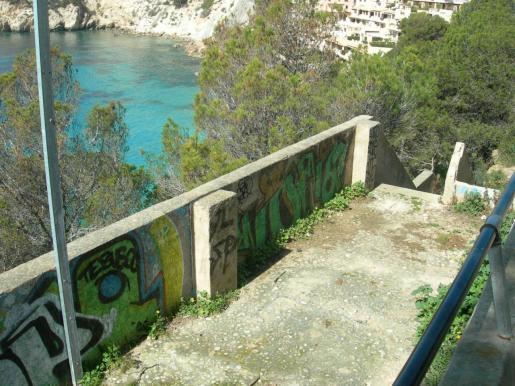 Escaleras de las Islas Malgrats.