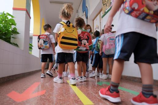 Alumnos de Infantil y Primaria vuelven a las aulas.