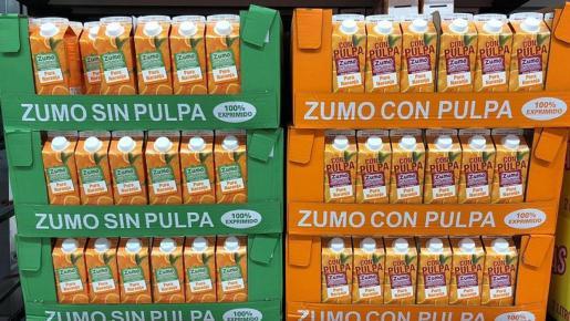 Este producto, elaborado por El Proveedor Totaler, bajo la marca Hacendado, se vende en dos variedades: con pulpa y sin pulpa.