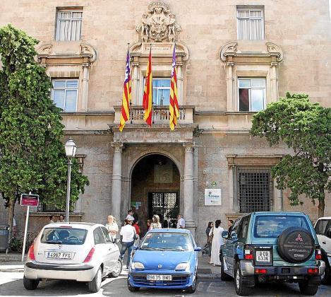 Imagen de archivo de la fachada del colegio Sant Francesc de Palma.