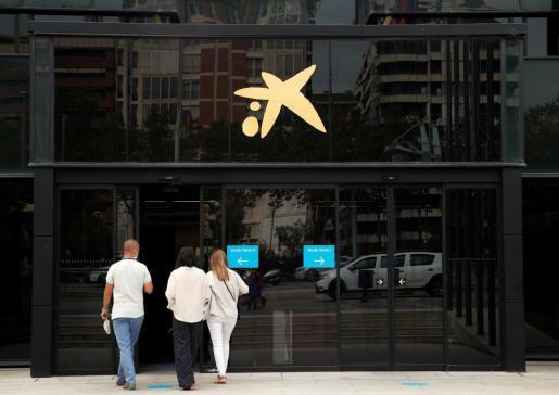 Ambas entidades prevén que la fusión de los dos bancos genere «nuevos ingresos anuales» en torno a los 290 millones.