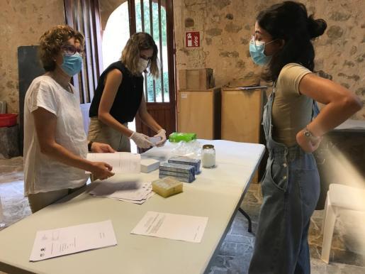 Familiares de un total de 67 víctimas de la represión franquista han iniciado este sábado el Protocolo de ADN.