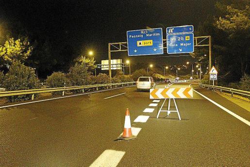 Imagen del acceso que fue cerrado ayer por la noche.