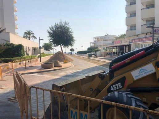 Las obras del último tramo del carrer Baladres de sa Coma ya están en marcha.